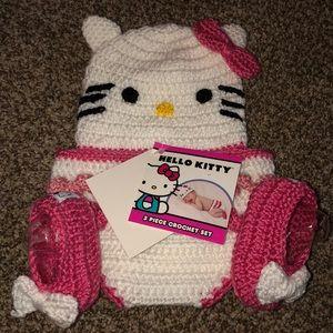 Hello kitty 3 piece crochet set sz 0-6mo